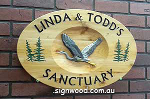 linda & Todds wood sign